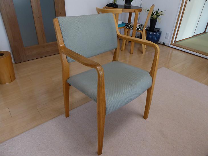 積層材の曲げ椅子の修理・家具修理