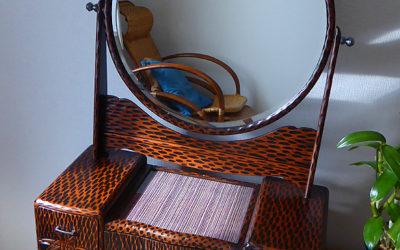 鎌倉彫 姫鏡台の修理・家具修理