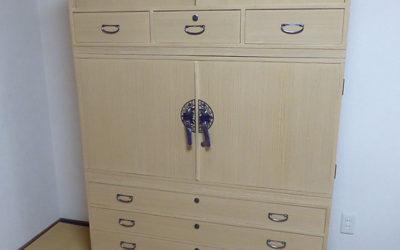 和箪笥の洗い・桐たんすの修理