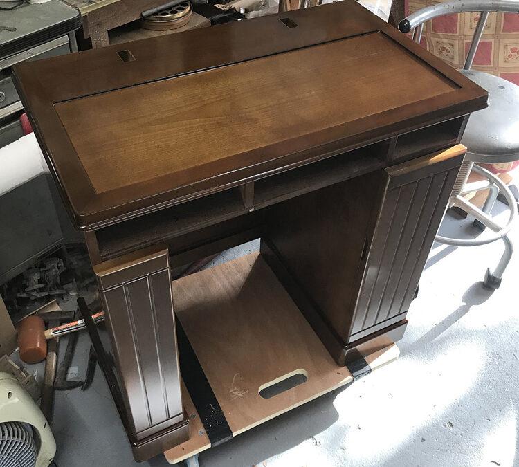 ドレッサーと椅子の塗装部分修理 塗替え