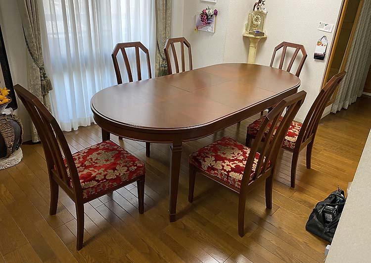 家具修理ーダイニングテーブル塗り替え・ダイニングチェアー塗り替え、張替え