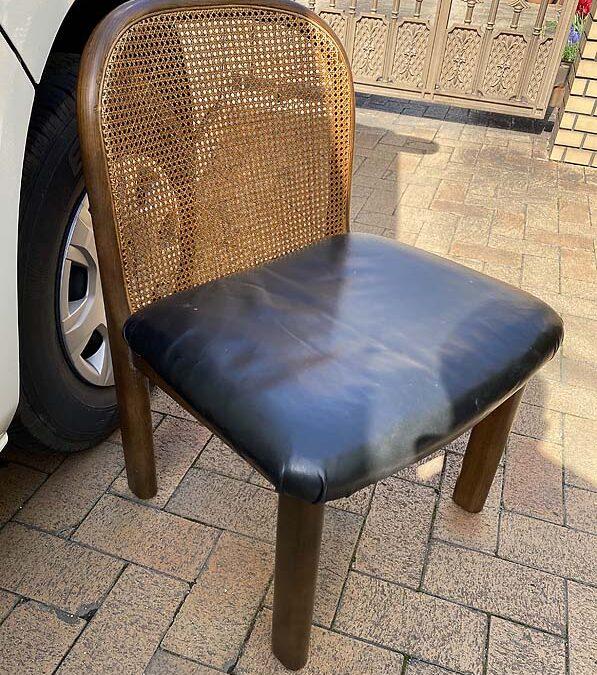 家具修理ー椅子脚折れ修理
