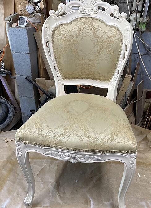 家具修理ー椅子背もたれ修理