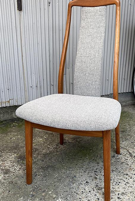 家具修理ー椅子修理と座面背もたれ張り替え