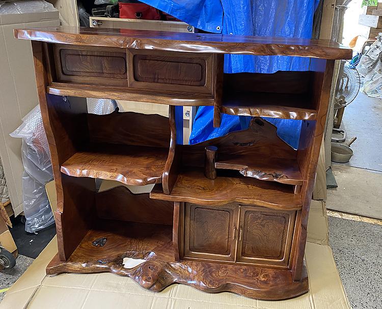 家具修理ーけやき飾り棚の修理、拭き漆仕上げ